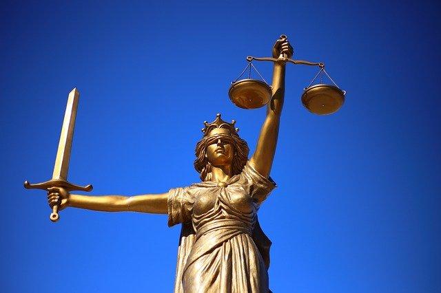 למה ישנה עליה משמעותית בהגשת תביעות רשלנות מקצועית נגד עורכי דין?